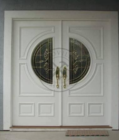 Porta de abertura dupla com pintura de laca P.U branco acetinado (Sayerlack)